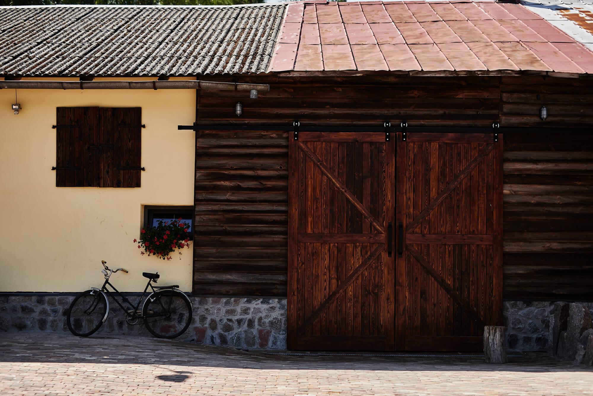 Sala na wesele stodoła teren Owczarnia Stodoła Weselna